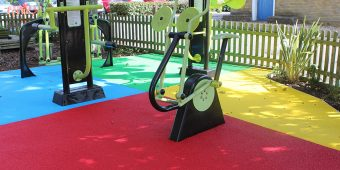 ronadeck wet pour rubber granule surfacing outdoor gym